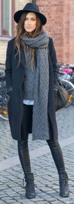 Fashionable women hats for winter and snow outfits 24