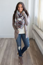 Fashionable women snow outfits for this winter 21