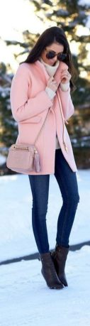 Fashionable women snow outfits for this winter 22