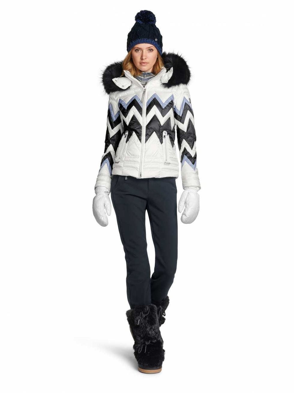 Fashionable women snow outfits for this winter 28