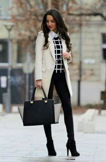 Fashionable women snow outfits for this winter 36