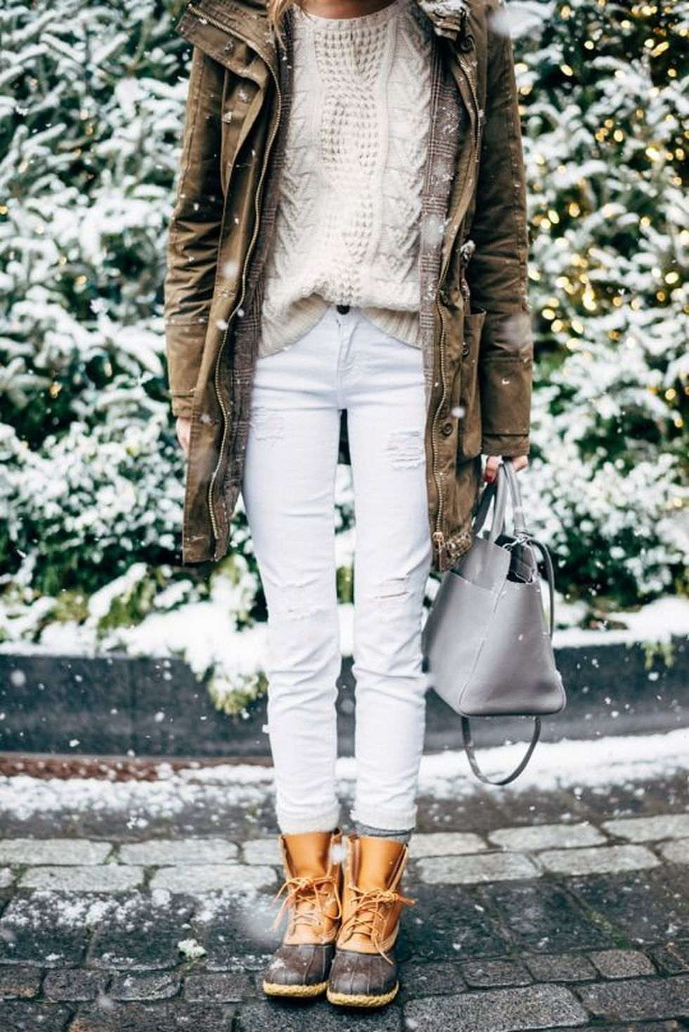 Fashionable women snow outfits for this winter 41