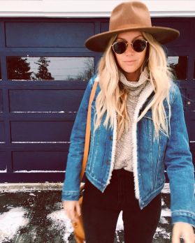 Fashionable women snow outfits for this winter 54