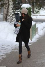 Fashionable women snow outfits for this winter 65