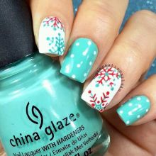 Gorgeous christmas nails ideas 1