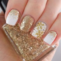 Gorgeous christmas nails ideas 130