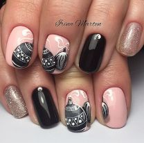Gorgeous christmas nails ideas 59