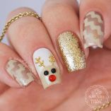Gorgeous christmas nails ideas 77