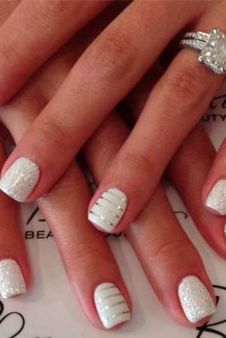 Gorgeous christmas nails ideas 82