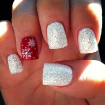 Gorgeous christmas nails ideas 88