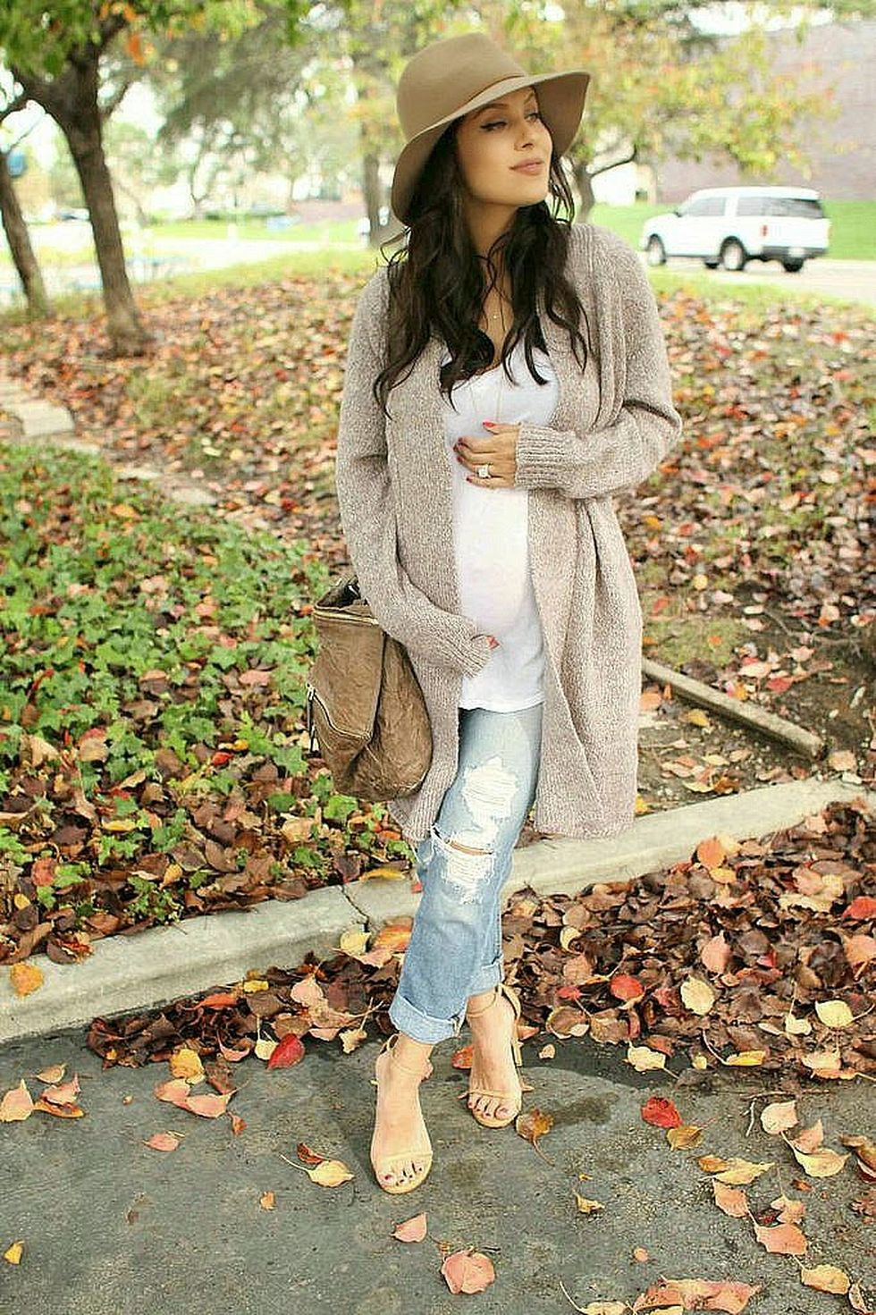 Maternity fashions outfits for fall and winter 112