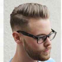 Men classy modern pompadour hairstyle 14