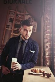 Men classy modern pompadour hairstyle 41