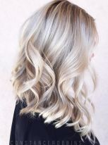 Stylish blonde lobs haircut ideas 38