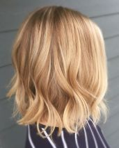 Stylish blonde lobs haircut ideas 49