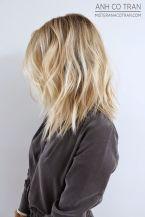 Stylish blonde lobs haircut ideas 8