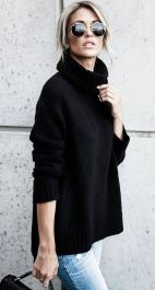 Fashionable oversized sweater for winter outfit 15