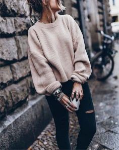 Fashionable oversized sweater for winter outfit 37