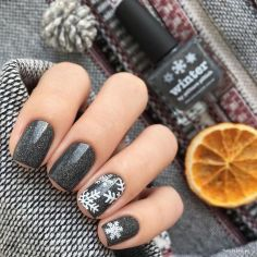 Pretty winter nails art design inspirations 22