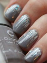 Pretty winter nails art design inspirations 44