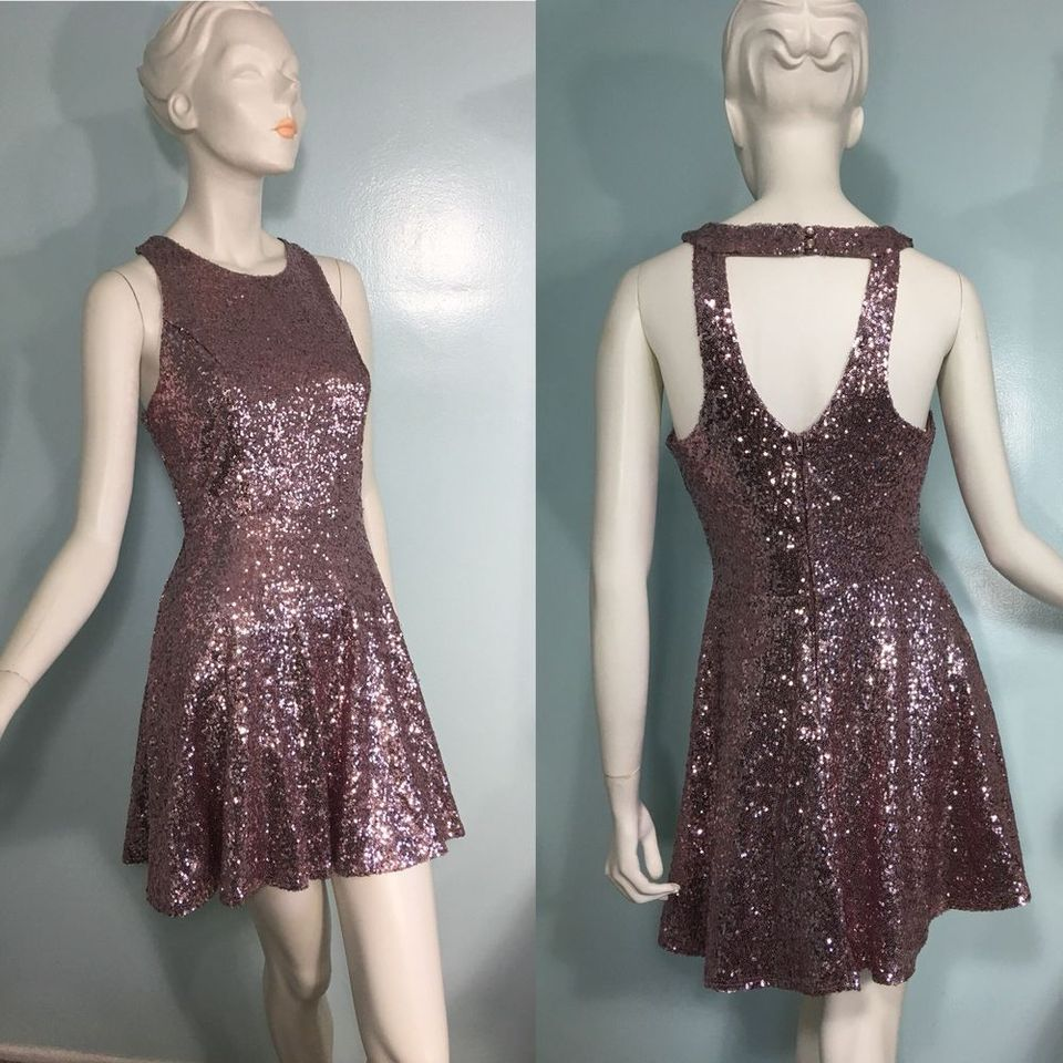 Sequin dress for new year eve party and night out 33