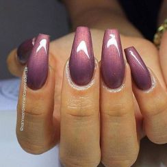 Sweet acrylic nails ideas for winter 13