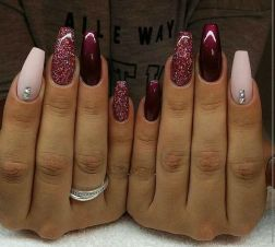 Sweet acrylic nails ideas for winter 21