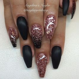 Sweet acrylic nails ideas for winter 71
