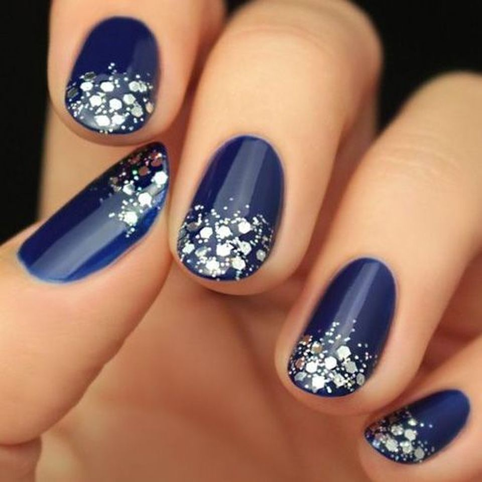 Sweet acrylic nails ideas for winter 79