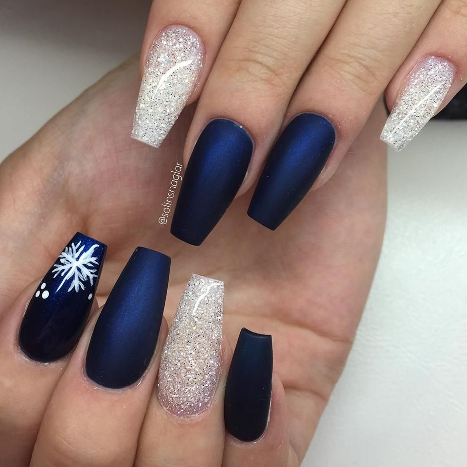 Sweet acrylic nails ideas for winter 83