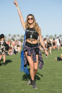 Best boho dress ideas for coachella outfits 18
