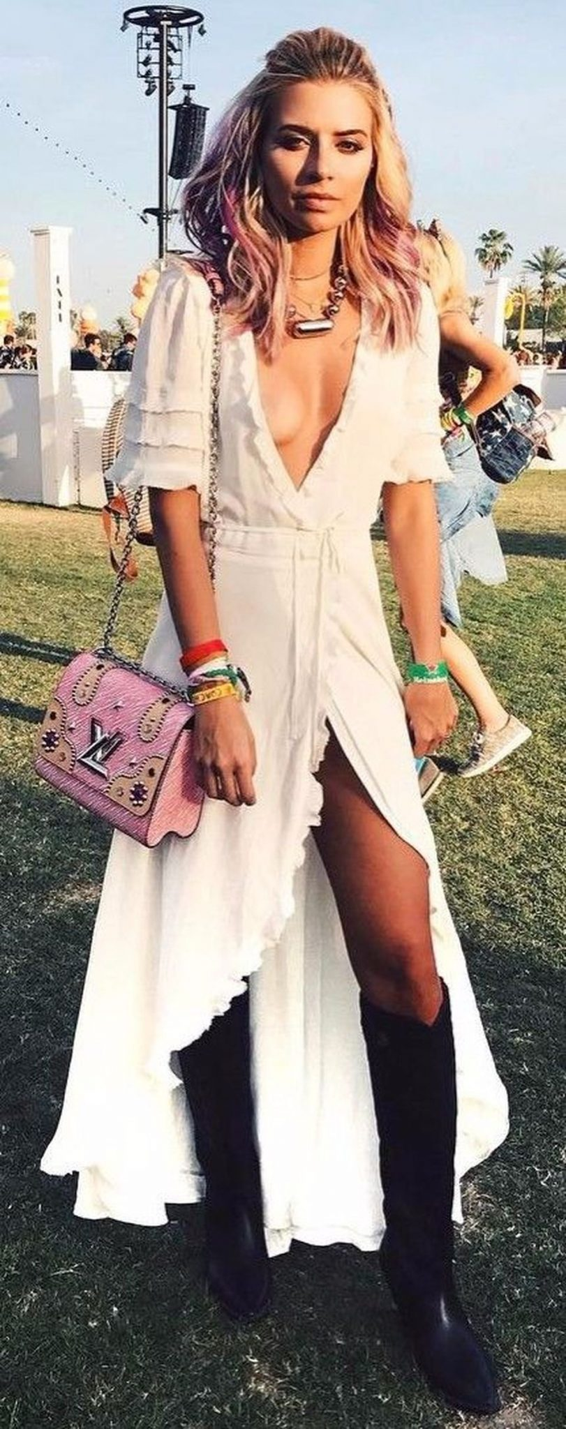 Best boho dress ideas for coachella outfits 49