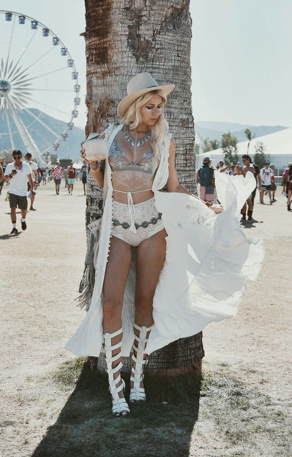 Best boho dress ideas for coachella outfits 91