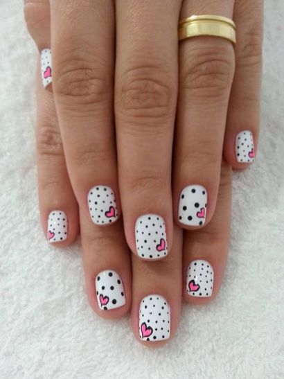 Lovely valentine nails design ideas 11