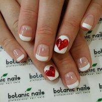 Lovely valentine nails design ideas 30