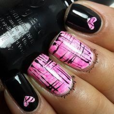 Lovely valentine nails design ideas 41