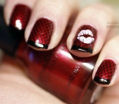 Lovely valentine nails design ideas 49