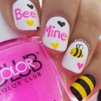 Lovely valentine nails design ideas 61