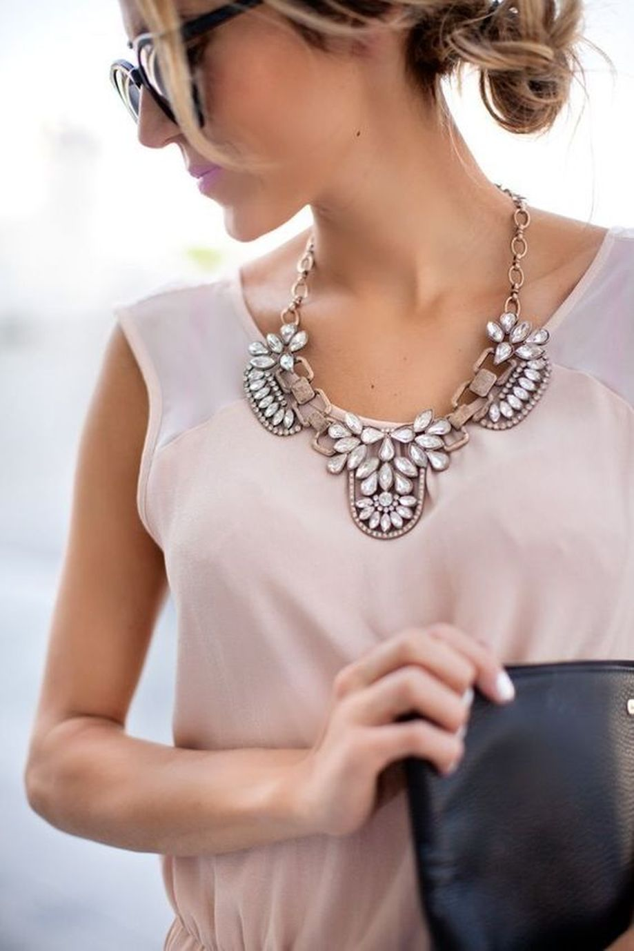 Beautiful Plunder Necklace Ideas for Summers 39