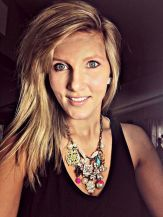 Beautiful Plunder Necklace Ideas for Summers 53