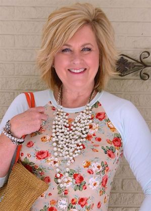 Beautiful Plunder Necklace Ideas for Summers 9
