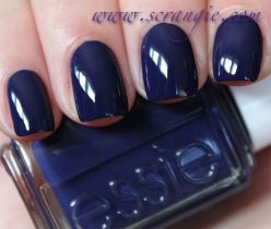 Sweet Blue Nails Ideas that Make Cool and Calm Appearance 16