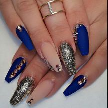 Sweet Blue Nails Ideas that Make Cool and Calm Appearance 37