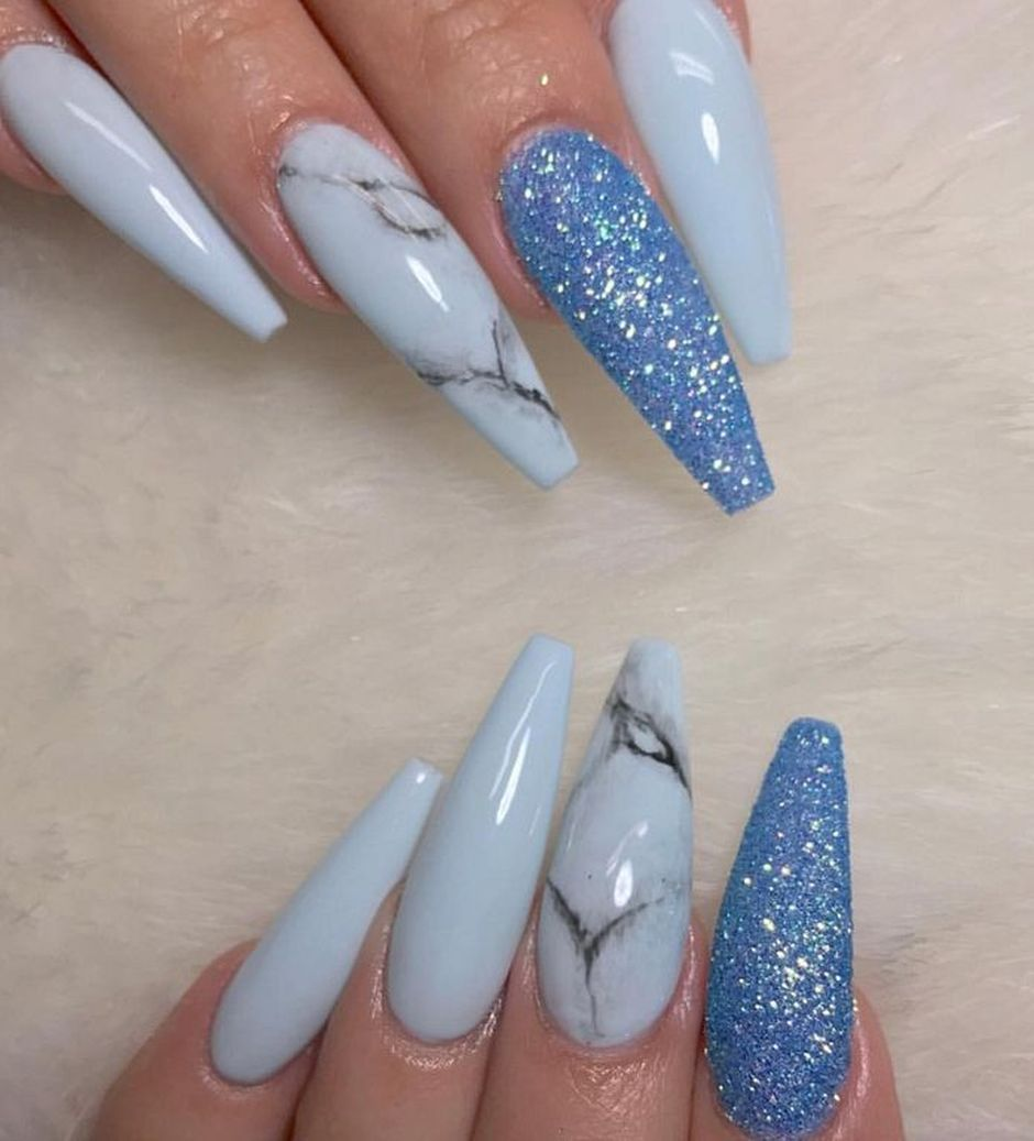 Sweet Blue Nails Ideas that Make Cool and Calm Appearance 41