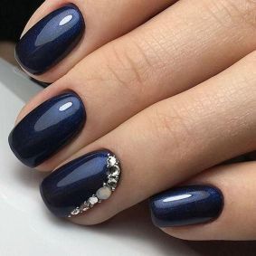Sweet Blue Nails Ideas that Make Cool and Calm Appearance 46
