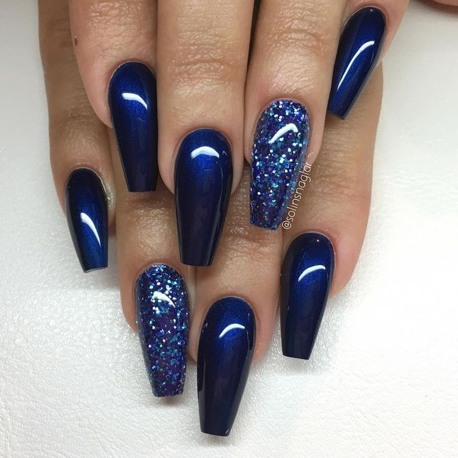 Sweet Blue Nails Ideas that Make Cool and Calm Appearance 77