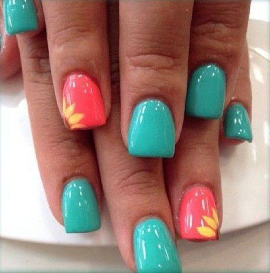 Best Colorful and Stylish Summer Nails Ideas 1
