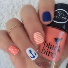 Best Colorful and Stylish Summer Nails Ideas 40