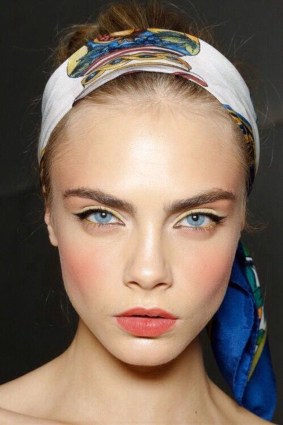 How to Look Fabulous with Spring Make Up Tips 1