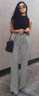 Inspiring Spring Outfits Ideas for Young Mom 12